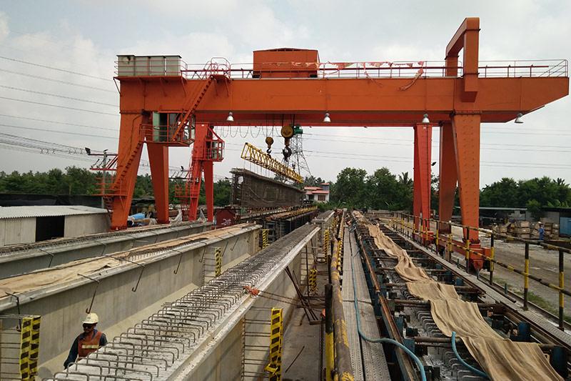 海外工程事业部-斯里兰卡I型梁施工